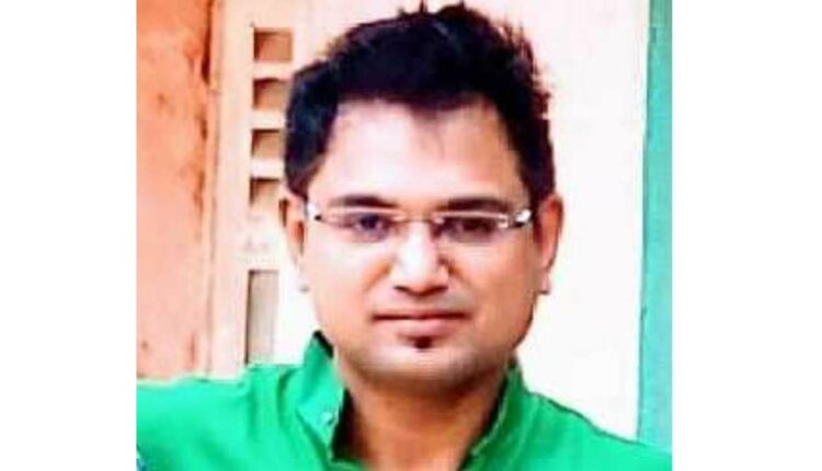 nitin kapdanis as the chief officer of chalisgaon municipality